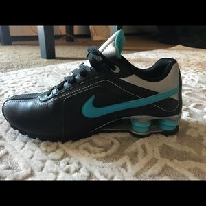 Nike Shocks Sneakers, Size 6.5